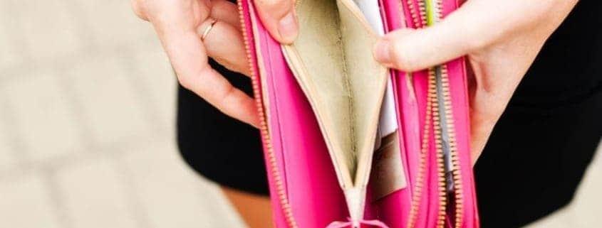 empty-wallet-no-money