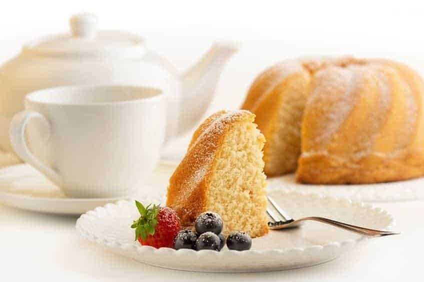 cake-white-porcelain-plate-tea-coffee
