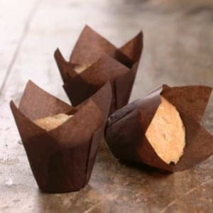 Tulip muffin papers made from parchment paper