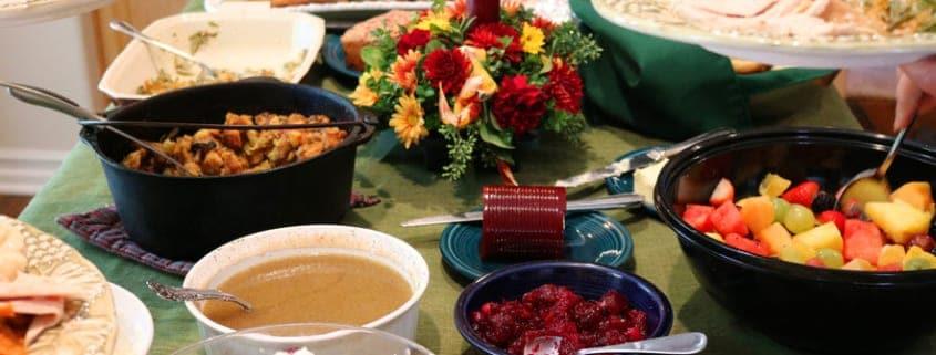 Casual-potluck-dinner