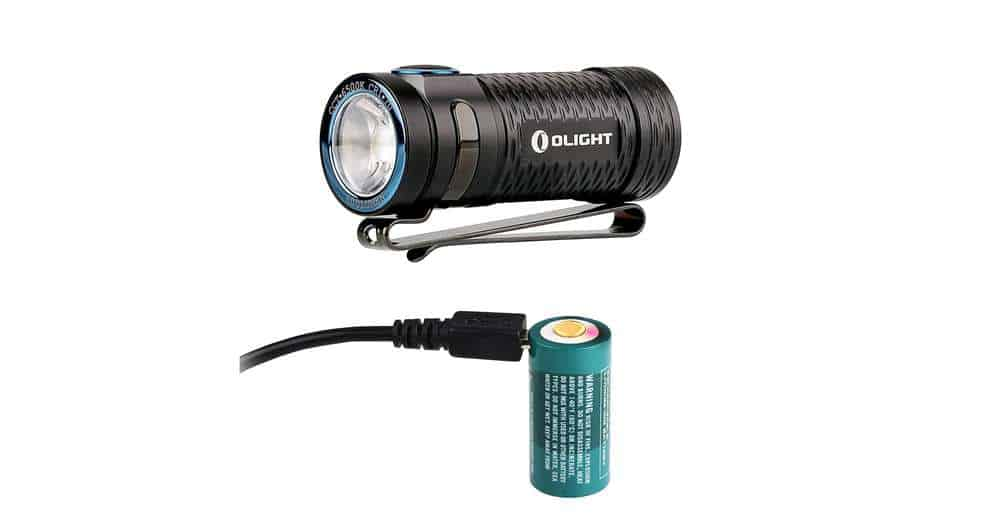 Flash light with rechargeable battery