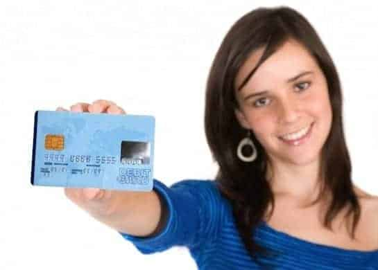Credit-Card-Woman