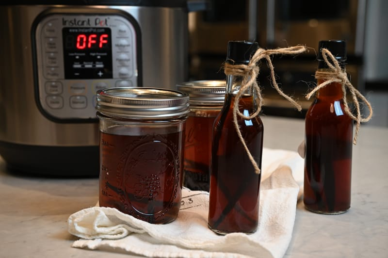 2 jars and 2 bottles Homemade Instant Pot Vanilla