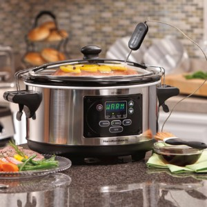 Hamilton Beach Set and Forget 6QT slow Cooker