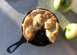 apple pie in cast iron skillet