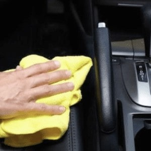 leather-cleaner-car interior