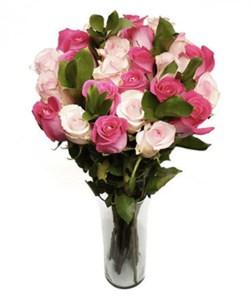 2 dozen roses bouquet