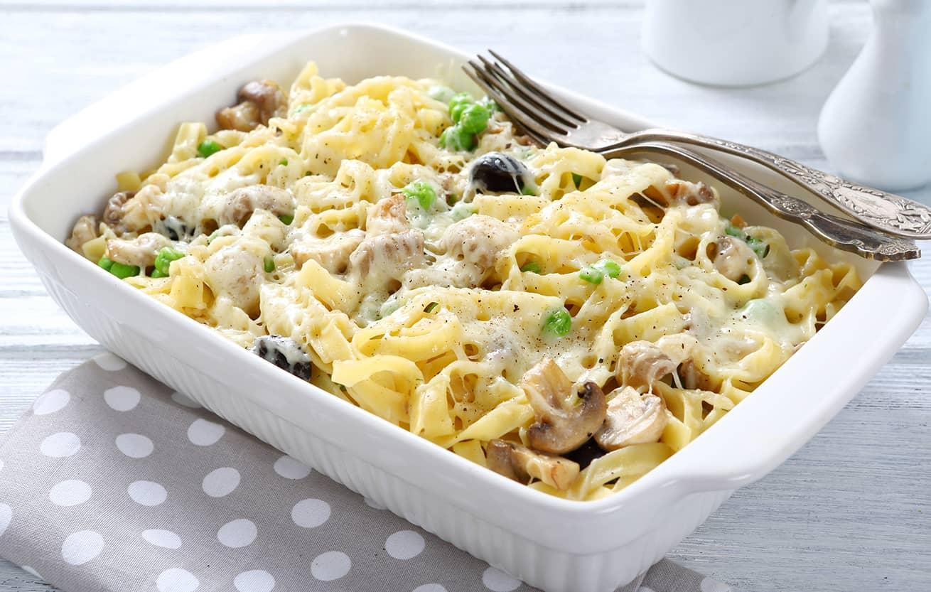 tasty pasta in baking dish, food italian